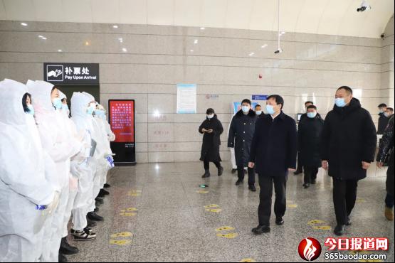 黑龙江牡丹江市中级法院干警用除夕坚守换全市人民祥和平安