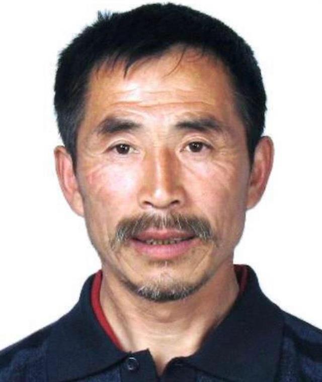 """黑龙江男子持枪杀害7人后潜逃,死者来自四个家庭,""""牛被毒死持枪报复""""传言不实"""