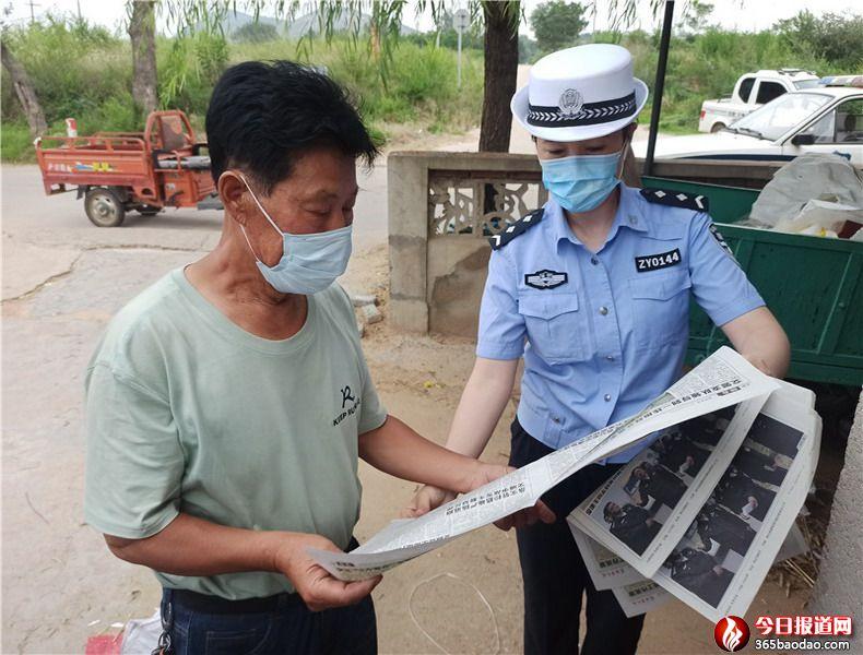 山东招远交警深入农村开展夏季交通安全宣传