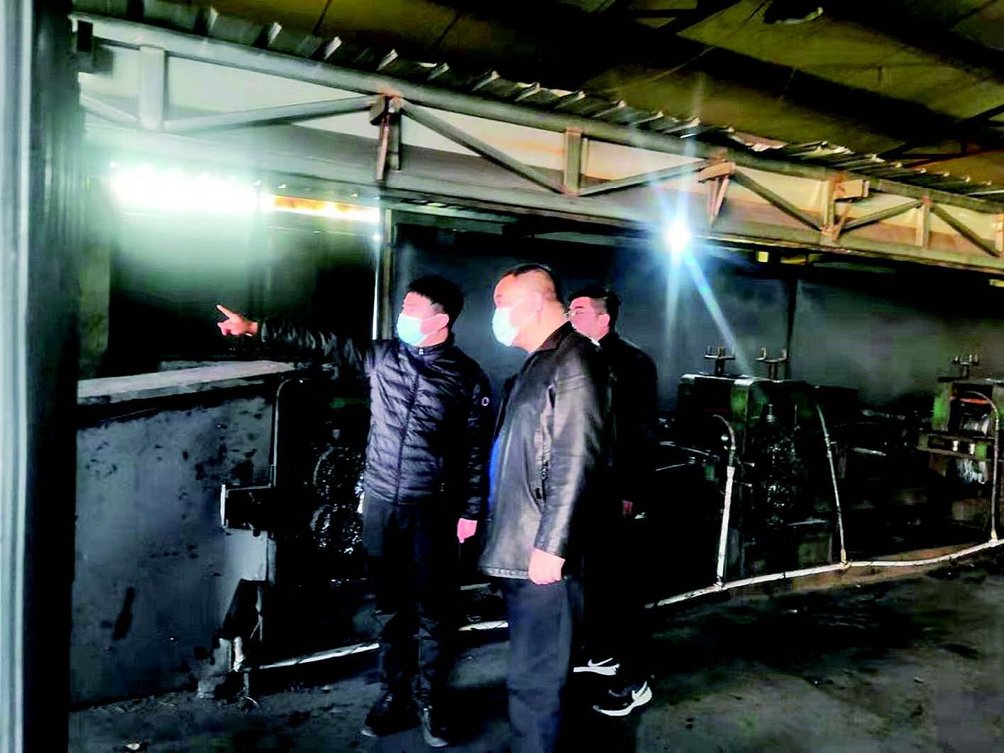 石家庄市生态环境局深泽县分局执法人员对复工企业进行检查帮扶