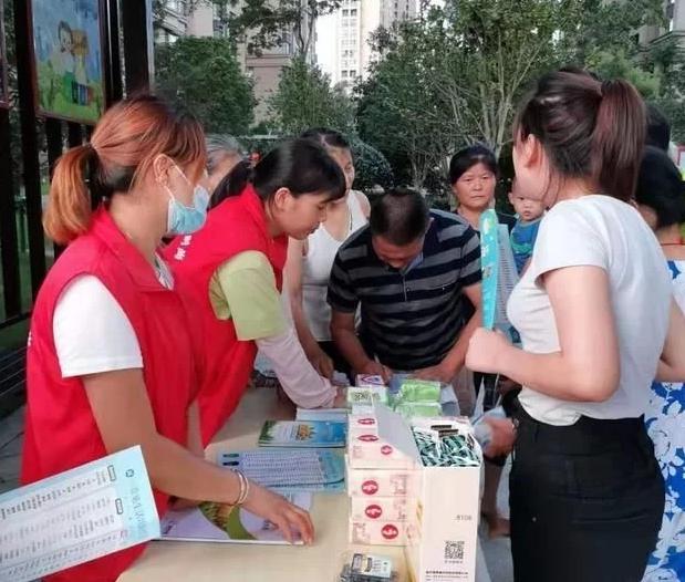 南昌湾里:垃圾分类宣传进社区 绿色环保理念入人心