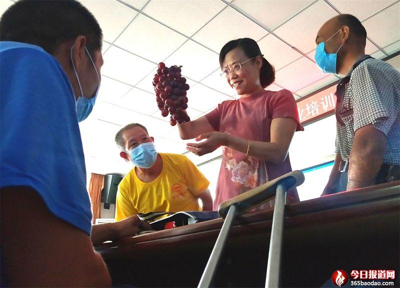 学一技之长  郯城400名残疾人参加就业技能培训
