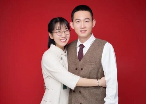 恭喜!他们结婚了!