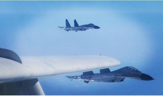 """台军""""忙坏""""了!台媒:解放军战机凌晨1点半又现身台湾西南空域"""