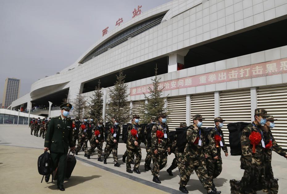 """青海武警迎新兵入营 """"00后""""为主力军"""