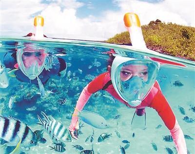 """科技装备让你畅行海底:网红水上漂气垫实现""""葛优瘫"""""""