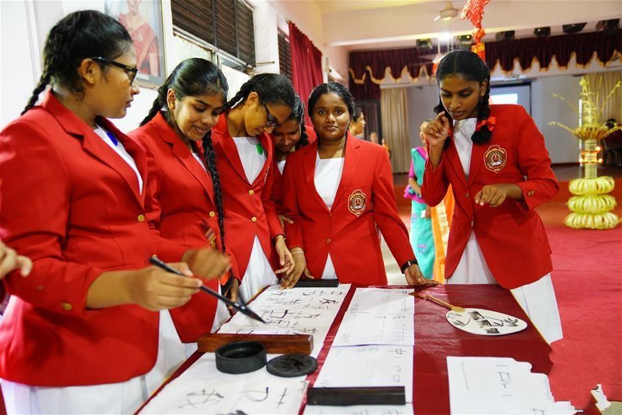 斯里兰卡总统女子学校里的中国文化盛宴