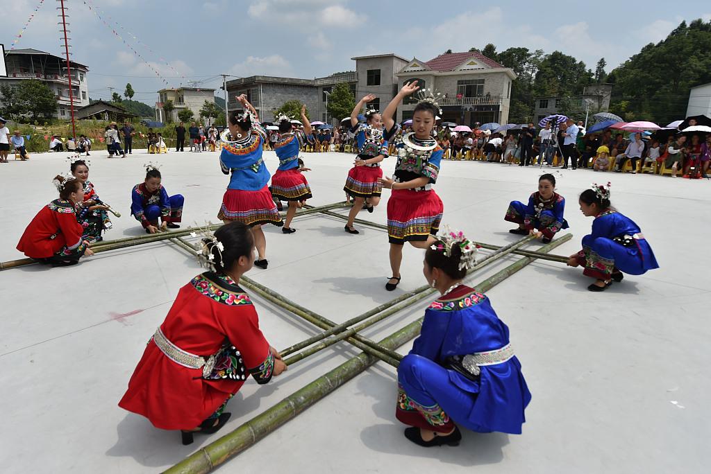 贵州铜仁:多彩民俗庆丰收