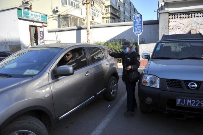 进京证新规今起施行:影响百万辆汽车 缓解停车难?