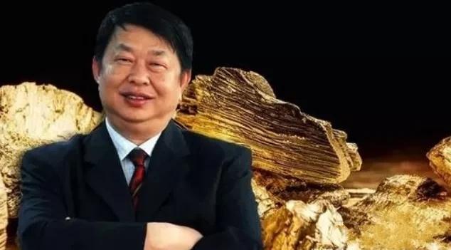 """只看到""""中国金王""""娶嫩妻?他背后的1500亿帝国,才叫真传奇"""
