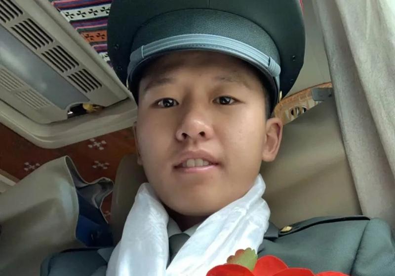 去年从西藏退伍的边防战士,今年又入伍了!