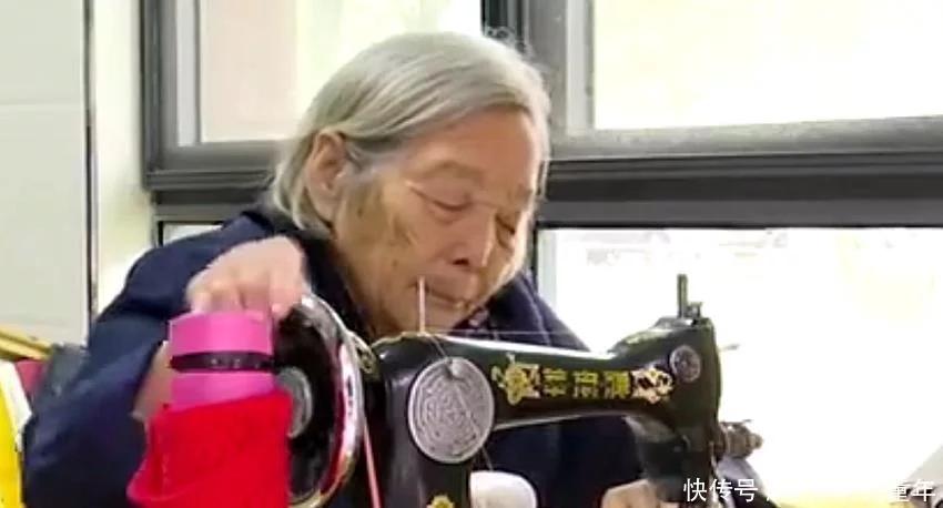 老人自制3000多个环保布袋,令人敬佩