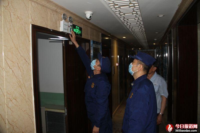 甘肃省靖远县消防部门开展错时检查力保复工复产后全县经济平稳发展