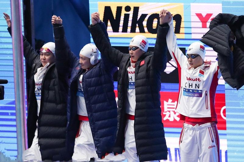 游泳世锦赛女子4x200自:澳大利亚队破世界纪录夺冠 中国队第4名
