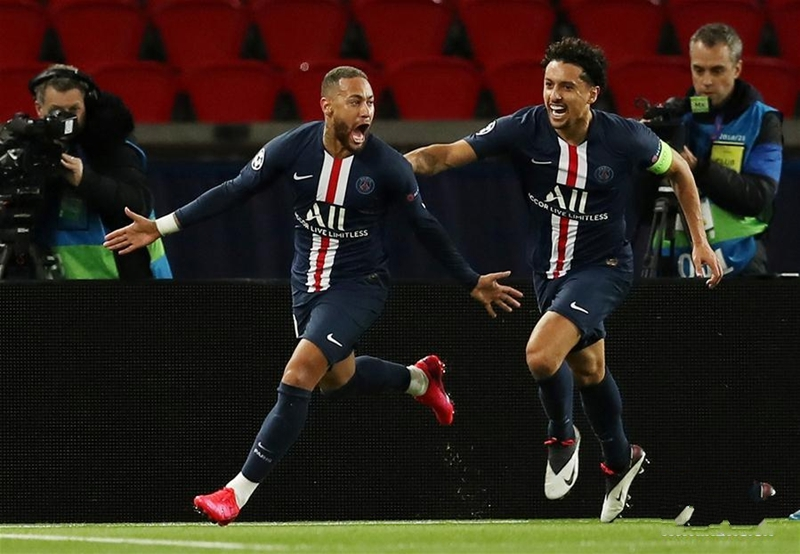 欧冠:巴黎圣日耳曼队晋级八强
