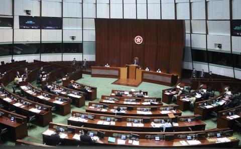 香港压倒性票数通过《国歌条例草案》,全国政协委员:扭曲价值观将重回正轨