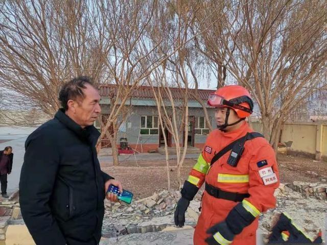 新疆多方力量增援伽师 救援工作仍在持续(图)