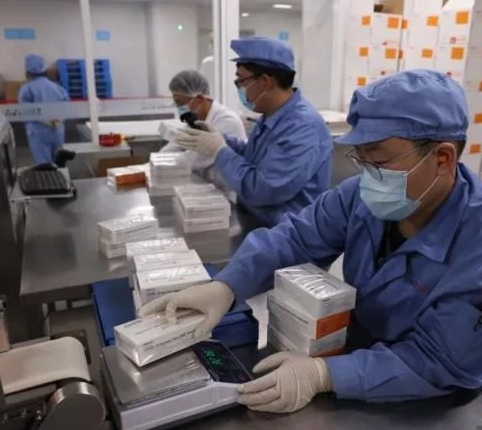 新冠疫苗接种破14亿剂次!未成年人也要开打了
